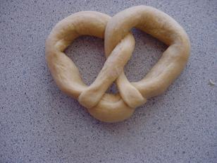 pretzels14sm.JPG