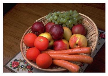 fruitandveggiessm.JPG
