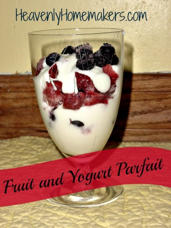 Fruit_and_Yogurt_Parfait