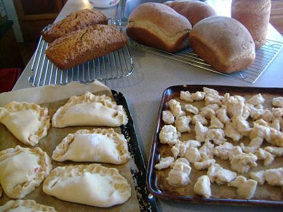 pizzapockets,bread,chicken,zuchbreadsm