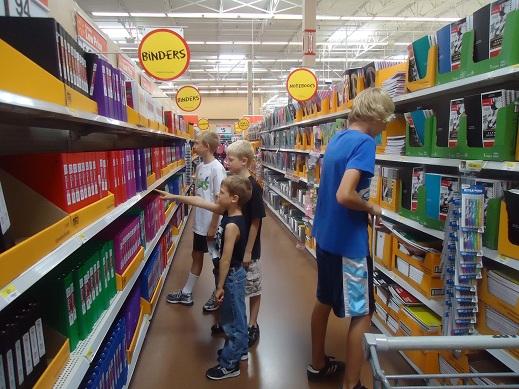 boys_shopping