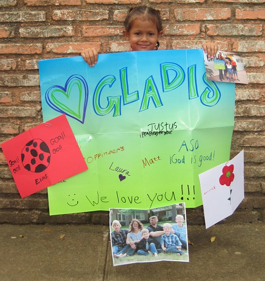 Gladis with poster 1