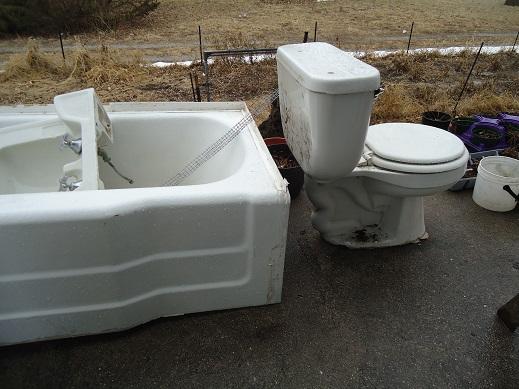 toilet porch 2
