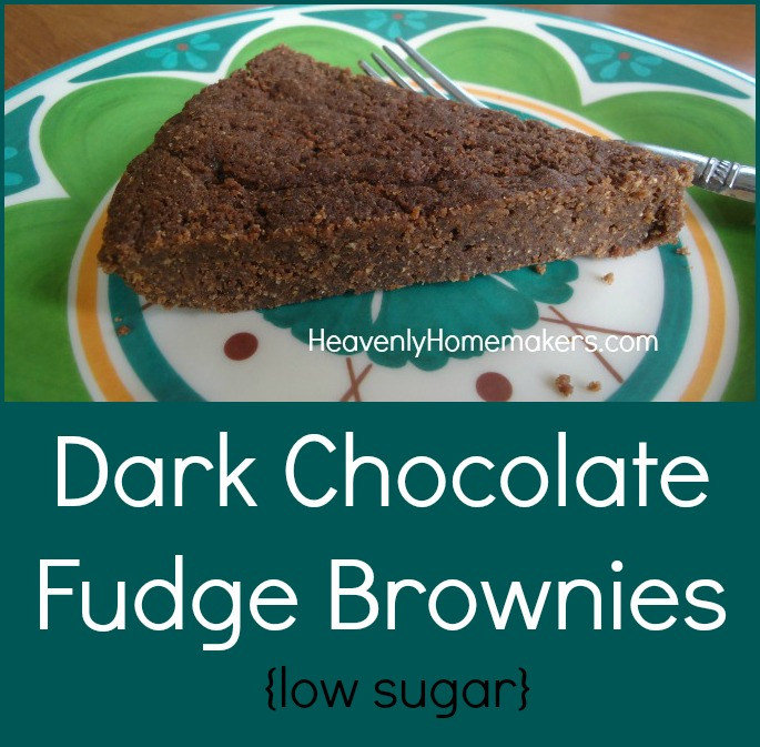 Dark Chocolate Fudge Brownies {Low Sugar}