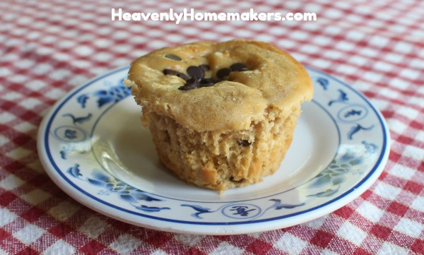 chocolate chip cheesecake muffin22